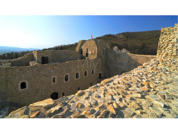 13. Cetatea Neamtului